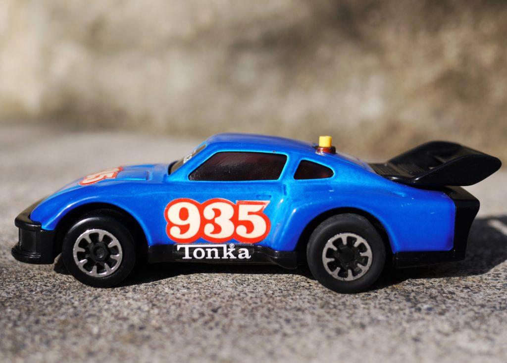 A photograph of a Tonka Clutch Popper, Porsche